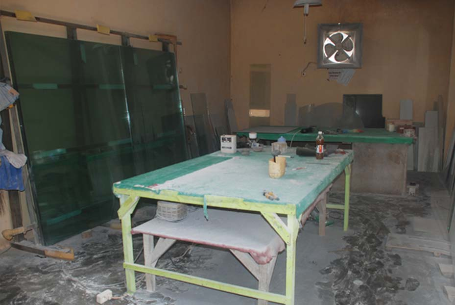 Ruang Penyetelan Kaca
